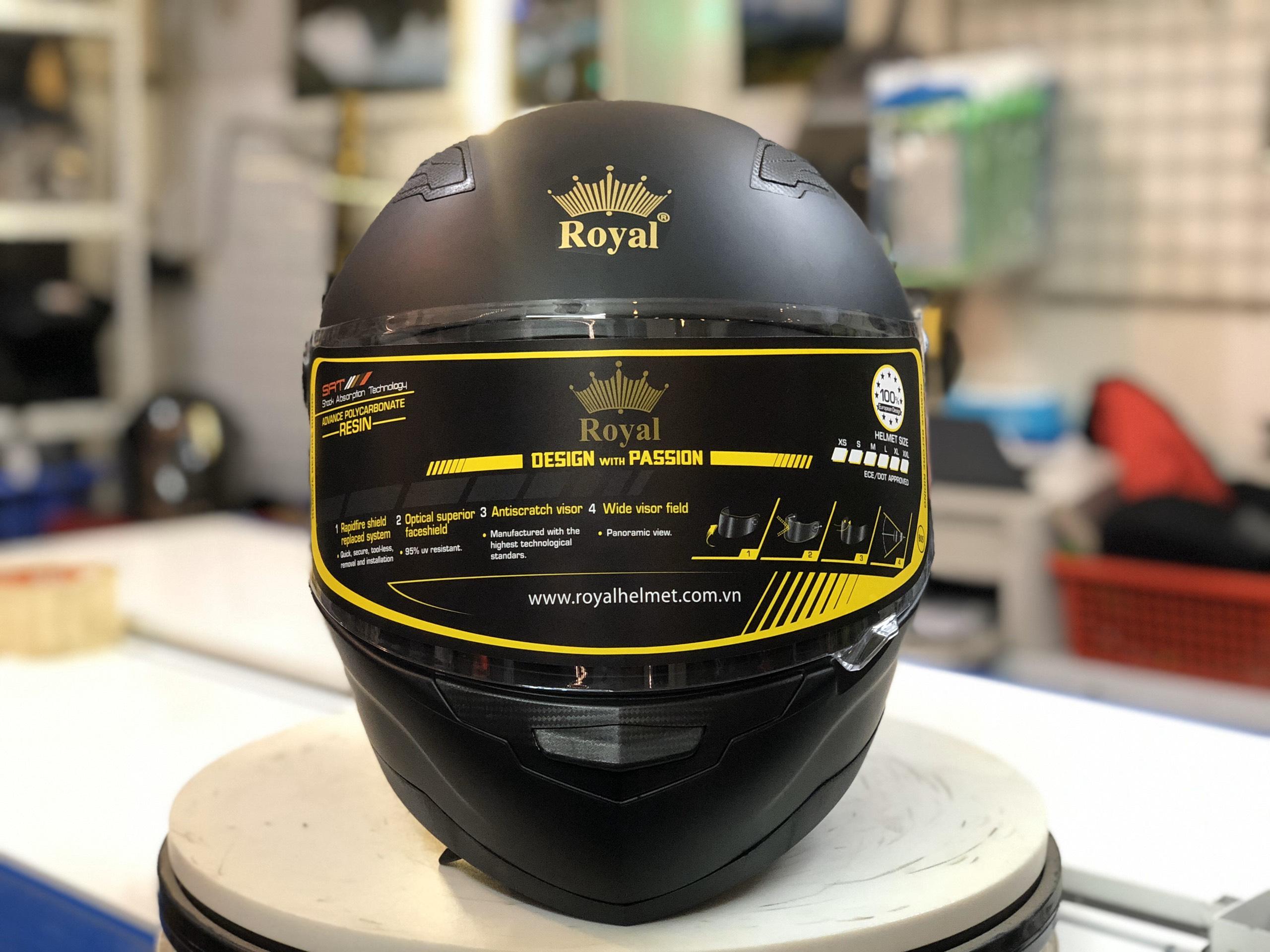 Mũ bảo hiểm Royal M136