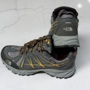 giày trekking the north face 4