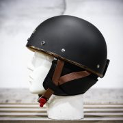mũ bảo hiểm Bulldog Pug đen nhám (4)