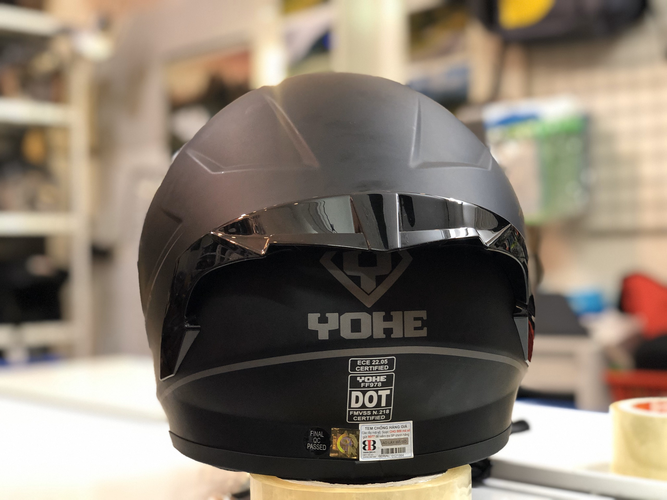 mũ bảo hiểm yohe 978 plus đen (4)